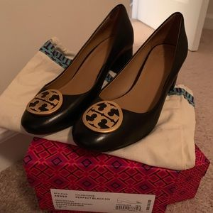 WORN ONCE: Tory Burch Black Leather heels. Size 7!